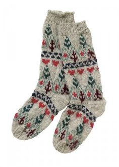 squishy and thick fair isle socks - love the pattern so much.