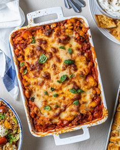 The Ultimate Potluck Main: Gnocchi Lasagna with Spinach, White Beans, and Sausage (Kitchn Creamy Chicken Casserole, Creamy Garlic Chicken, Spinach Lasagna, Chicken Lasagna, Sausage Lasagna, Potluck Dishes, Pasta Dishes, Rice Dishes, Baked Ziti