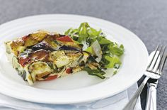 Use up any leftover vegetables in this delicious family-sized frittata. Primal Recipes, Vegetarian Recipes, Healthy Recipes, Healthy Options, Healthy Meals, Diet Recipes, Chicken Recipes, Vegetable Frittata, Vegetarian Frittata