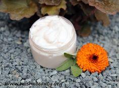 Misha Beauty - DIY kosmetika a jiné projekty : Měsíčkovo šalvějová maska na vlasy