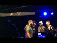 Jensen Ackles and company singing Wagon Wheel and Seven Bridges Road at Jail Break in Rome JIBCon 6 (two songs) - YouTube