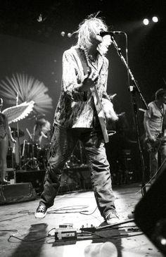 Kurt Cobain of Nirvana Kurt Cobain Photos, Nirvana Kurt Cobain, Music Is Life, My Music, Donald Cobain, Punk, Band Posters, Rock Legends, Foo Fighters