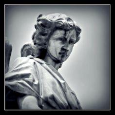 Otro ángel en el Presbítero Maestro.