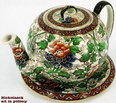 Royal Doulton Ball Teapot on Trivet
