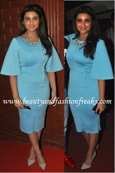 Parineeti opted to wear a pastel blue Gauri and Nainika dress for the premiere of her movie Kill Dil. She finished the look with a pair of Louboutin pumps which complemented the dress really well.
