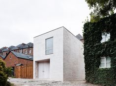 Mews House in Highgate, London by Russell Jones   Yellowtrace