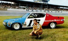 Mark Donohue and the popular Roger Penske AMC Matador at Daytona in [Photo courtesy of Unfair Advantage Racing / Paul Powell] Nascar Autos, Nascar Race Cars, Sports Car Racing, Indy Cars, Auto Racing, Road Racing, Daytona Beach, Dodge, Nascar News