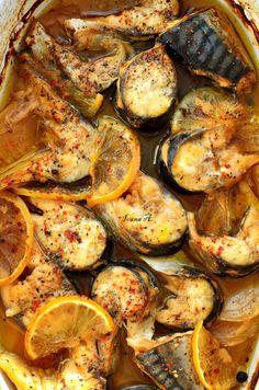 Alldayspice: macrou marinat la cuptor Good Food, Yummy Food, Tasty, Fish Recipes, Healthy Recipes, Sweet Spice, Romanian Food, Spices, Food And Drink