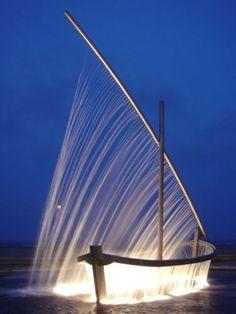 Fountain Art Source: reaparecido