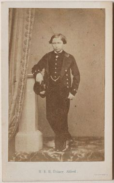 Original-Vintage-1860s-CDV-royalty-Prince-Alfred-of-Saxe-Coburg