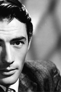 oooh y'all, Gregory Peck was SUCH A LOOKER.