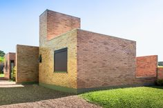 Completed in 2011 in Guaíba, Brazil. Images by Alexandre Prass. In 2010 a young couple with two children dreamed of building their own house, and for that, they enrolled in the Brazilian Programme, Minha Casa...