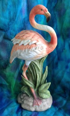 Vintage kitsch 1987 pink flamingo bisque Lefton figurine