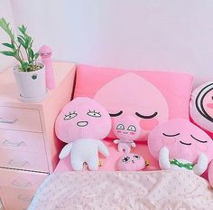 Bedrooms ideas decor idea, visit this pin number 4350272338 for a delightful to pleasant escape. Apeach Kakao, Girls Bedroom, Bedroom Decor, Peach Aesthetic, Kakao Friends, Kawaii Room, Line Friends, Aesthetic Bedroom, Cute Pink