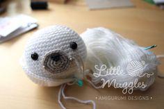 Amigurumi Little Seal Free Pattern – Amigurumi Crochet Single Crochet Stitch, Knit Or Crochet, Crochet Toys, Crochet Baby, Free Crochet, Crochet Patterns Amigurumi, Amigurumi Doll, How To Make A Pom Pom, Yarn Tail