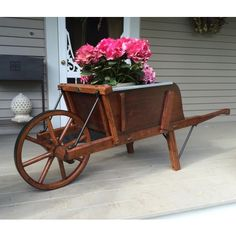 Amish Large Rustic Wooden Wheelbarrow with Removable Sideboards - Modern Design Backyard Projects, Diy Wood Projects, Wooden Garden, Wooden Diy, Wheelbarrow Decor, Rustic Wheelbarrows, Wooden Cooler, Old Wagons, Hickory Wood