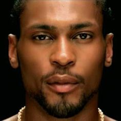 Google Image Result for http://entertainmentrundown.com/wp-content/uploads/2010/03/DAngelo.jpg