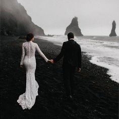 Casa será siempre donde vayamos juntos Foto @evan_civas #weddingphotography #weddingdress #wedding #couple #bride #love #holiday #groom