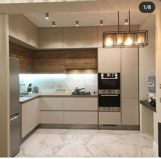 Corner Kitchen Layout, Kitchen Room Design, Home Room Design, Modern Kitchen Design, Home Decor Kitchen, Interior Design Kitchen, Home Kitchens, Kitchen Cabinet Styles, Modern Kitchen Cabinets