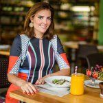 """3,194 Likes, 333 Comments - Patricia Davidson Haiat (@patriciadavidsonhaiat) on Instagram: """"E quem não gosta de pão de queijo? Só não precisa sair da dieta pra poder comer, olha só: misture 2…"""""""