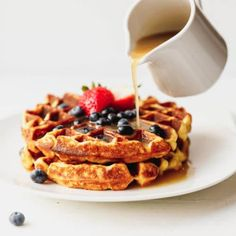 Belgian Style Keto Waffles made with cream cheese, eggs and coconut flour. Crispy, sweet, low-carb and gluten free, these are perfect for breakfast or dessert. Extremely easy to make and taste just as good as the original. Low Carb Waffles, Gluten Free Waffles, Keto Breakfast Muffins, Breakfast Bowls, Brunch Recipes, Breakfast Recipes, Dessert Recipes, Breakfast Ideas, Sin Gluten