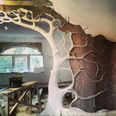 Maybe in my studio? Furniture Makeover, Furniture Decor, Log Stools, Earthship Home, African House, Indoor Trees, Colorado Homes, Nature Decor, Fairy Houses