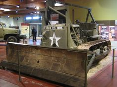 Gmc Vehicles, Military Vehicles, Antique Tractors, Antique Cars, Caterpillar D4, Cat Farm, Us Armor, Big Yellow, War Machine