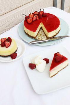 Vanilla Bean Cheesecake with Jellied Cream, Raspberry Gelée, Yogurt Sherbet - baked at LOW temp