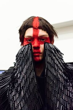 Gareth Pugh Women Fall/Winter 2015-16 London Photographer: Russ McClintock