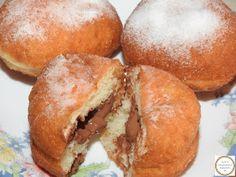 Gogosi pufoase umplute cu ciocolata Design Case, Hamburger, Bread, Food, Brot, Essen, Baking, Burgers, Meals