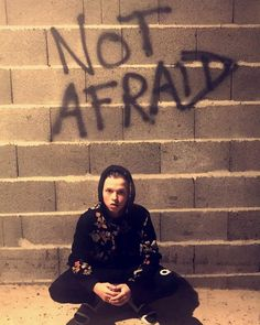 "195.6 mil Me gusta, 5,660 comentarios - Jacob Sartorius (@jacobsartorius) en Instagram: ""faith > fear"""