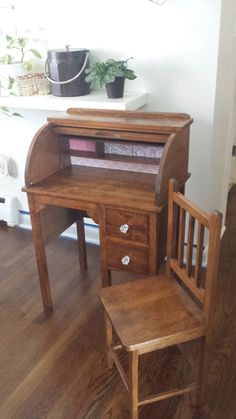 Refinished roll top desk