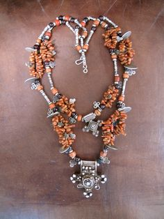 Recently strung Sahrawi (Sahara or more specifically Western Sahara) necklace | © Preethi, via Ethnic Jewels.