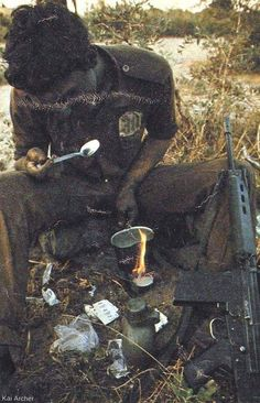 Military Gear, Military History, Bushcraft Kit, Army Day, Military Special Forces, Defence Force, Special Ops, South Africa, African