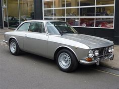 1975 Alfa Romeo 1750 GTV Maintenance/restoration of old/vintage vehicles: the material for new cogs/casters/gears/pads could be cast polyamide which I (Cast polyamide) can produce. My contact: tatjana.alic@windowslive.com