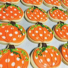 Thanksgiving Cookies, Fall Cookies, Iced Cookies, Royal Icing Cookies, Holiday Cookies, Cupcake Cookies, Cookies Et Biscuits, Cupcakes, Frosted Cookies