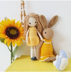 Zdjęcie stare ale ładne...i dużo koloru żółtego a uwielbiam❤ Dostałam kwiatki od męża ale cały dzień w trasie i nawet czasu na zdjęcie brak... . . . #wiosna #wiosna2018 #dziś #było #pieknie #dzień #kobiet #kobiet #żółty #lala #laleczka #dziewczynka #królik #króliczek #zabawka #dziecko #doll #bunny #bunnylove #dollphoto #kid #girl #insta #instatoy #toyspho #kidsworld #instalike #instaworld #crochetinglove #crochet #crocheting