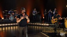 Jerrod Niemann, A True Country Lover-Lover, Performs for Yahoo!