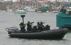 Jaubert commandos demonstrating a mock seaborne assault on the support vessel Alcyon. The Naval Commandos (French: Commandos marine) are the special forces of the French Navy. They are made up of ~500 members, mostly based in northwestern France (Brittany), with several bases across the country for specific training needs. The Naval Commandos are nicknamed bérets verts (Green Berets). They operate under the Naval rifle and special force Command and the French Special Operations Command.