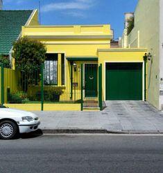 fachadas de casas de color amarillo y verde Casas amarillas Casas Fachada de casa