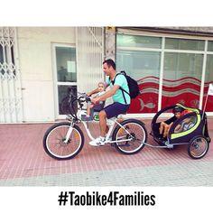 4 en 1!! Que mas se puede pedir? La mejor forma de ir con tus peques es nuestra #taobike y nuestros accesorios para #viajarconpeques van a disfrutar de una tarde preciosa en #benidorm y van a descubrir el parque natural de #serragelada de una manera fácil y divertida!! #ecotourism #responsibletourism #electricbike #bikerental #benidorm4families #delantemolamas #viajarconhijos #travelwithkids