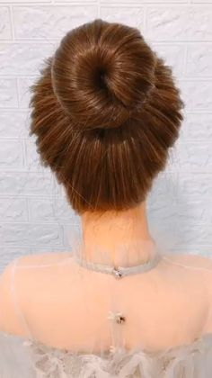Easy Hairstyles For Long Hair, Up Hairstyles, Simple Bun Hairstyle, Easy Hair Buns, Buns For Long Hair, Short Hair, Wedding Hairstyles, Step Hairstyle, Quinceanera Hairstyles
