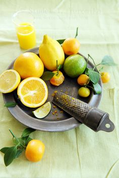 Citrus not only has an invigorating fragrance, the #vitamins are great for oral health!