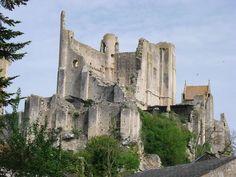 Châteaux de Chauvigny, XIe, XVe siècle - Adresses, horaires, tarifs.