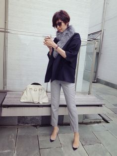 Maki's wardrobe&レスリーの画像 | 田丸麻紀オフィシャルブログ Powered by Ameba Japan Fashion, Work Fashion, Fashion Pants, Daily Fashion, Fashion Looks, Casual Work Outfits, Work Casual, Casual Chic, Look Street Style