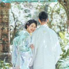 Pre Wedding Shoot Ideas, Pre Wedding Photoshoot, Traditional Wedding Attire, Traditional Outfits, Crazy Wedding, Blue Wedding, Bride Groom Poses, Wedding Kimono, Japanese Wedding