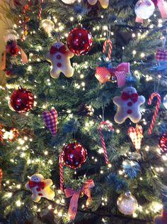 Tilda gingerbread man tree decorations.