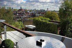 18 Secret And Serene Gardens In London London Activities, Kensington London, Barbican, Rooftop Bar, British Isles, Running Away, Serenity, Britain, Beautiful Places