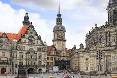 11089308-Old-Town-and-fragment-of-Katholische-Hofkirche-Dresden-Germany--Stock-Photo.jpg (1300×866)