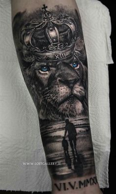 Negro - Negro for men ✌ - Lion Tattoo With Crown, Lion Head Tattoos, Mens Lion Tattoo, Forarm Tattoos, Lion Tattoos For Men, Half Sleeve Tattoos Designs, Best Sleeve Tattoos, Tattoo Designs Men, Clock Tattoo Design